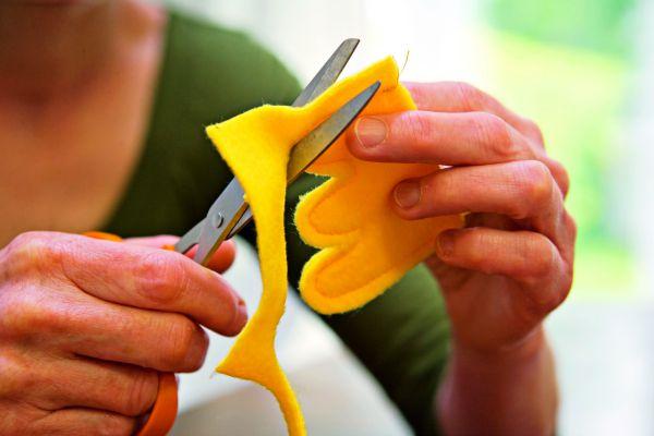 Sew a bird toy