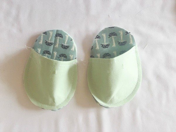 Baby shoes to sew