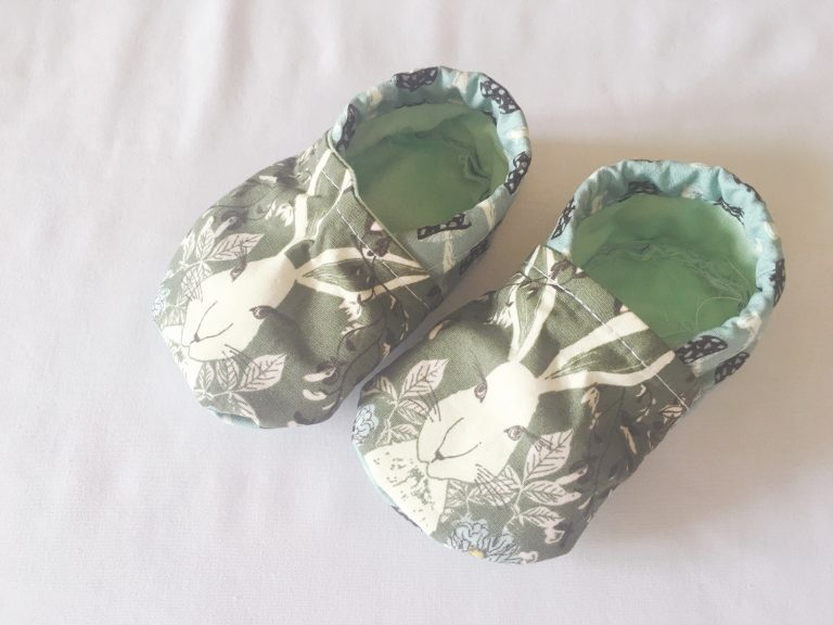 Sew fabric baby shoes