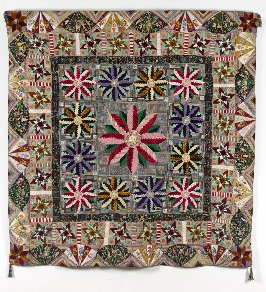 Mosaic Patchwork Huswif from the Quilter's Guild collection