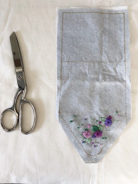 Embroidered pouch free sewing project