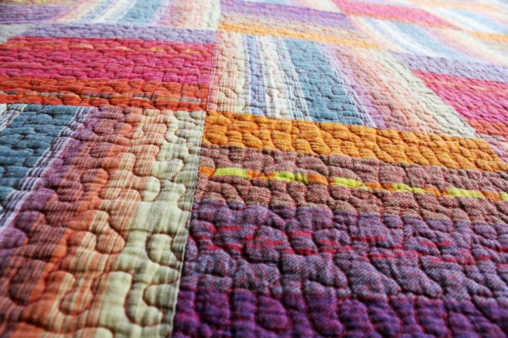 What is free motion quilting