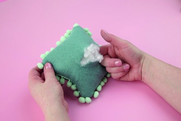 How to stuff a pin cushion