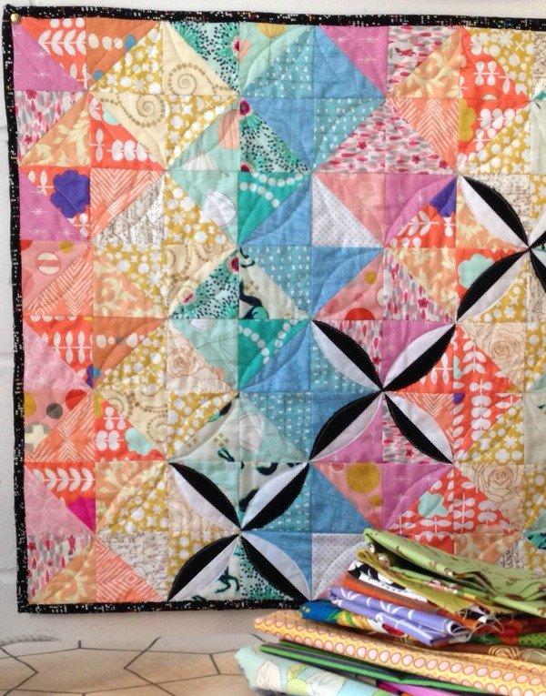 Scrappy pastel mini quilt tutorial