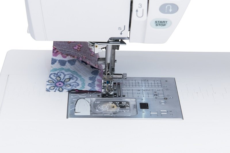 Best sewing machine foot for sewing curves