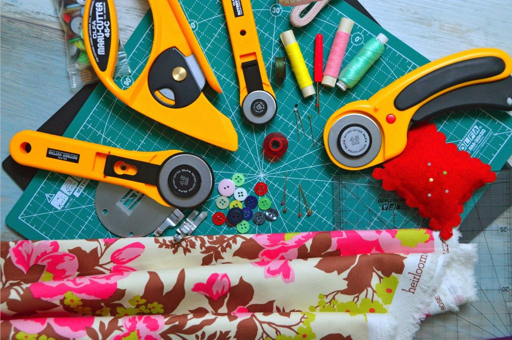 Cutting tools used for quilting