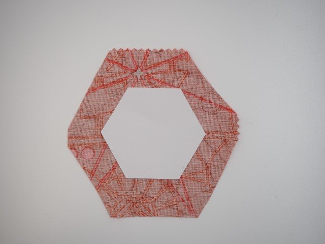 Using a paper template to make hexies