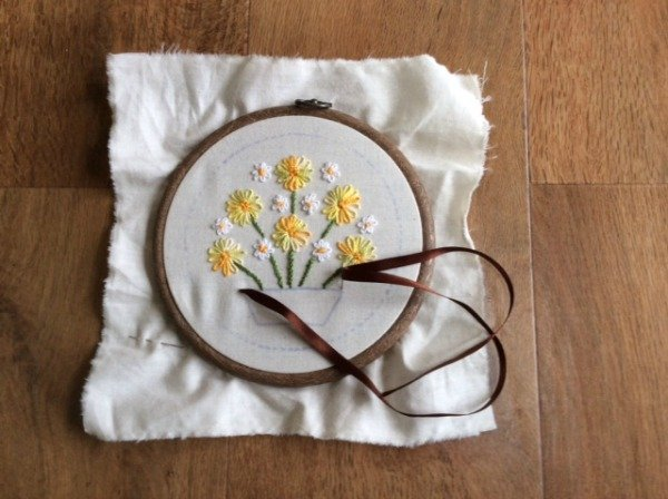 Embroider with ribbon