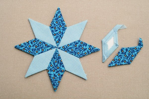 English paper piecing with diamond shapes - beginner's tutorial