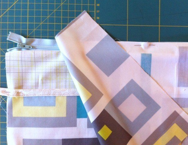 Sewing a case for an ipad