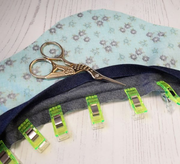How to sew bias binding onto a curve