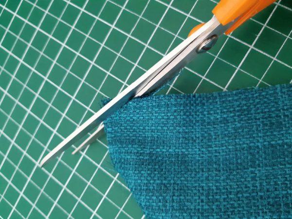 Envelope back pillow project for beginners