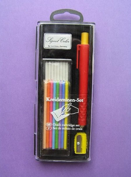 Chalk cartridge pen for dressmakers