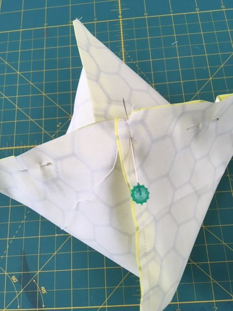 Folding fabric for cathedral window