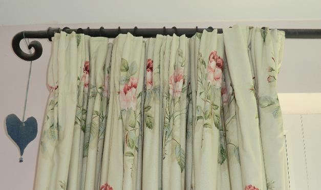 Sewing curtains with header tape
