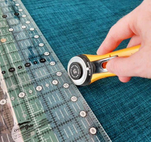 How to sew an easy cushion