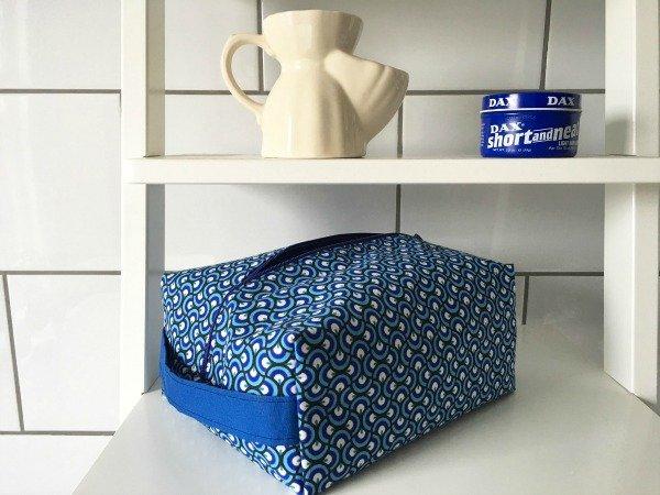 Easy to sew boxy washbag
