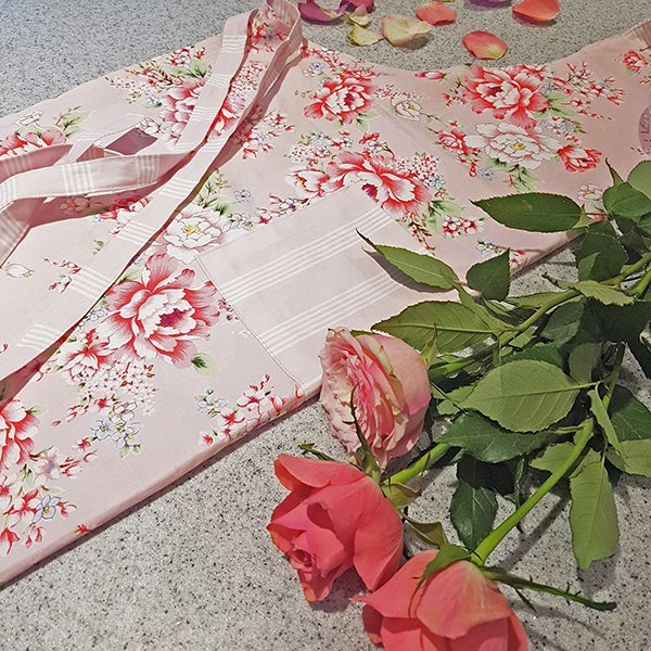 Mother's day apron sewing project
