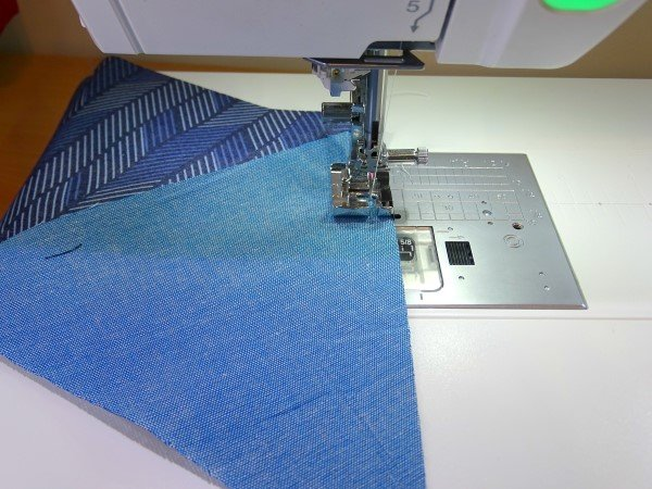 Piecing triangles