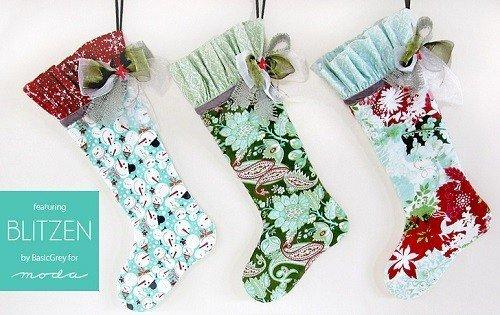 Stocking pattern with decorative ruffle