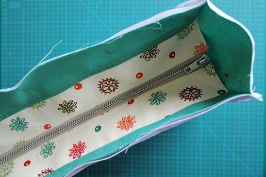 Adding a recessed zipper panel to a bag