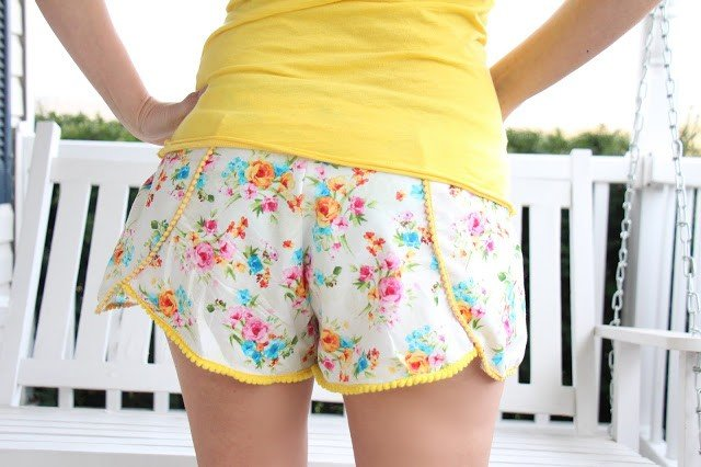 Free adult shorts sewing pattern