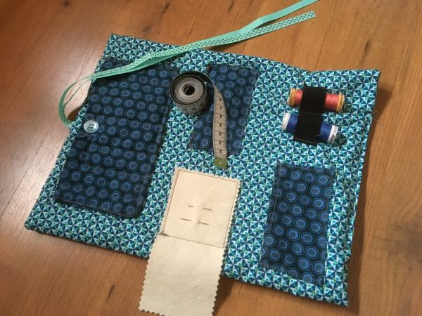 Make a sewing roll