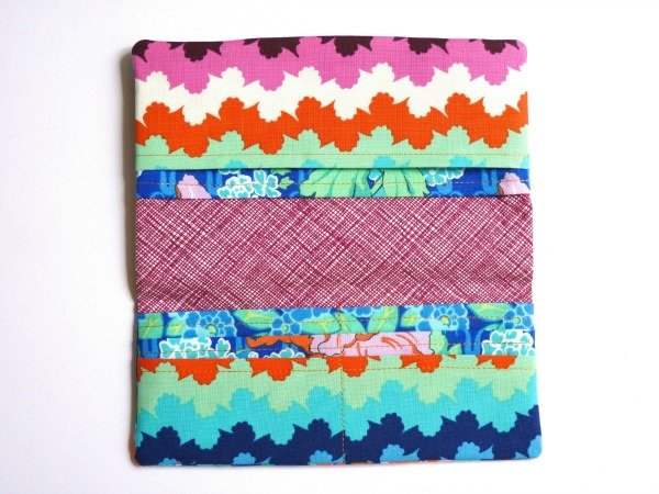 Sew a purse with zipped compartment