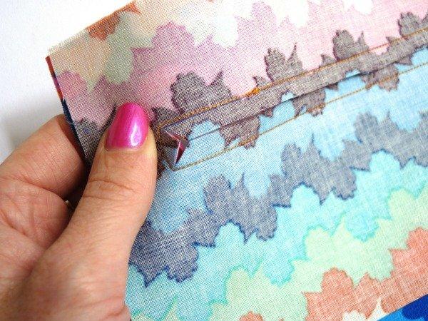Add a zipped pocket to a purse