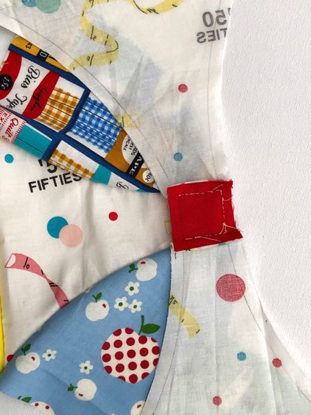 Sew a block with curved seams