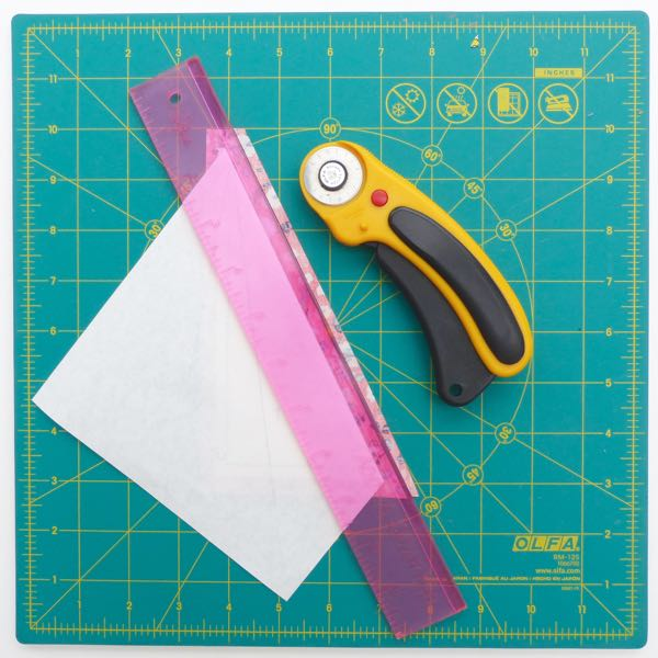 Fold and sew paper piecing