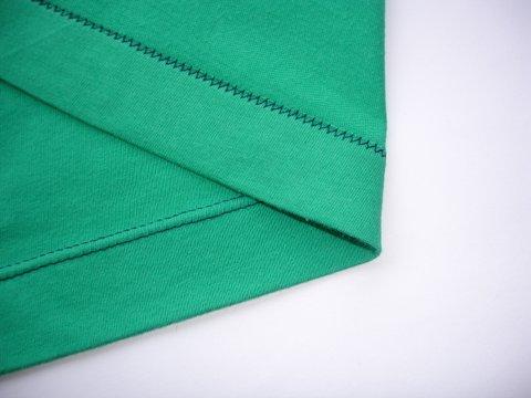 Sewing a twin needle hem