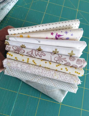 Low volume blender fabrics