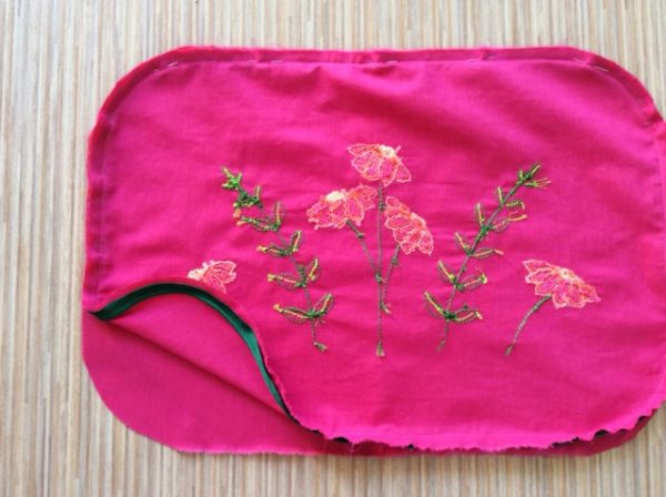 How to make a cushion with embroidered flowers on