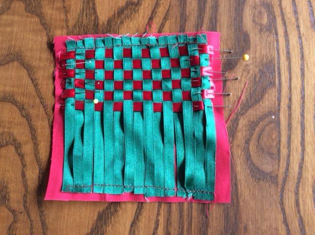Learn ribbon weaving