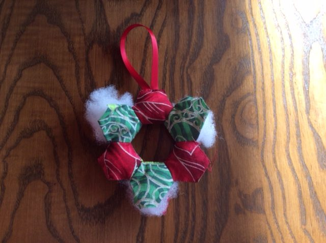 Stuffing a Christmas decoration
