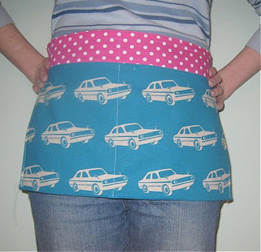 Apron for holding money