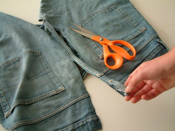 Ways to use old jeans