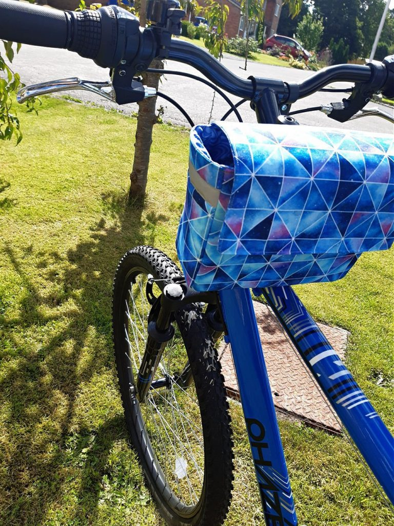 How to sew waterproof handlebar bag for your bike