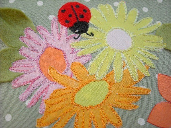 Learn to do free machine embroidery