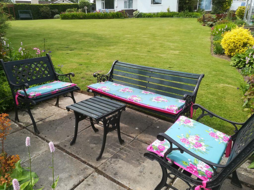 Garden seat pad tutorial