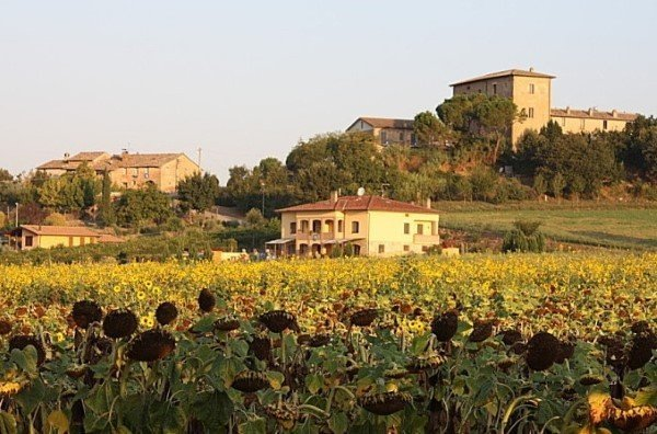 Sewing retreats in Umbria