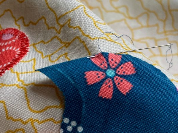 How to sew outer points when doing needle turn applique