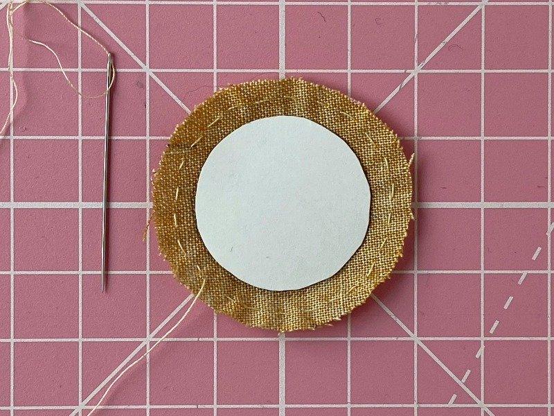 Gathered applique circles tutorial