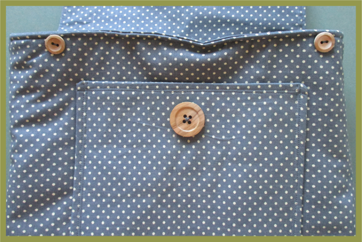 Adding buttons to a bag