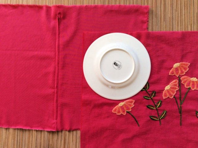 How to make a cushion with rounded corners