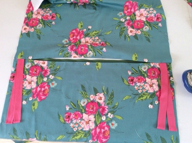 Outdoor seat cushion cover project