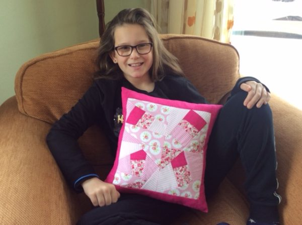 Crazy patchwork pillow tutorial for beginners