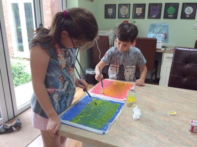 Craft projects to do with children under 10