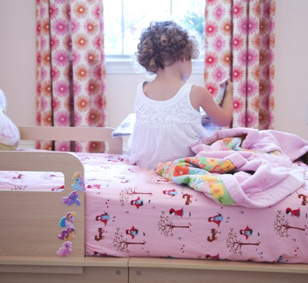 How to make a cot sheet